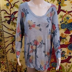 Torrid floral print sweater size 3